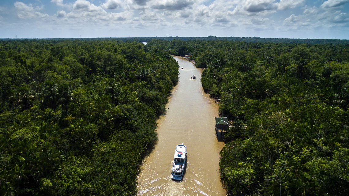 Amazone rivier in Colombia
