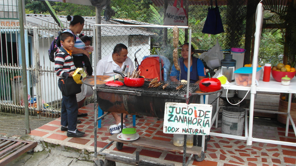 Streetfood in Cali Colombia